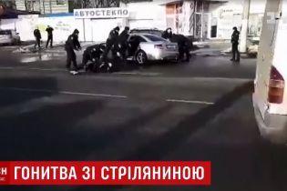 Смертельна ДТП зі стріляниною у Дніпрі: перехожі падали на землю при звуках пострілів