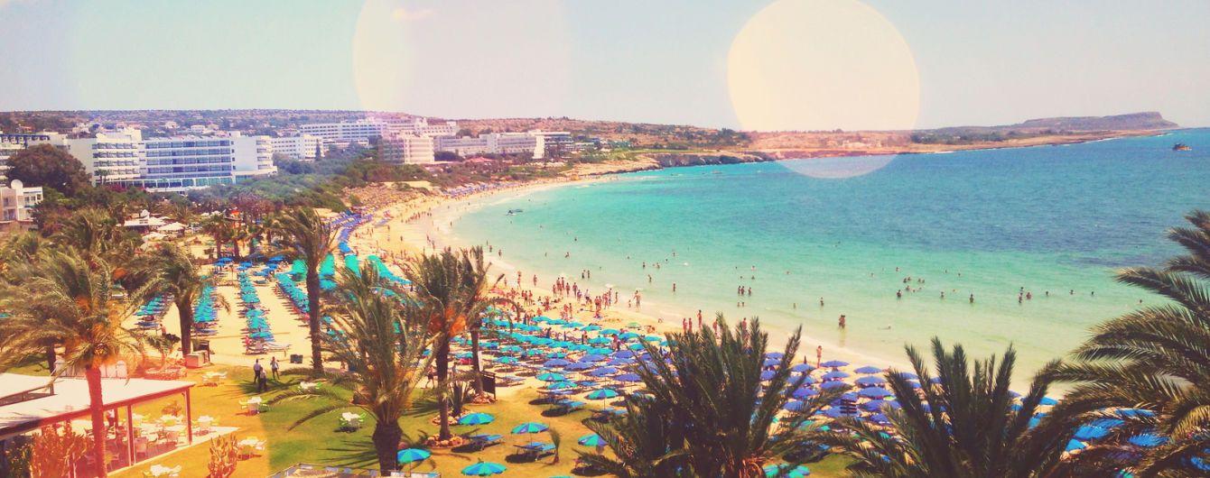 На Кіпрі під час відпочинку помер український турист