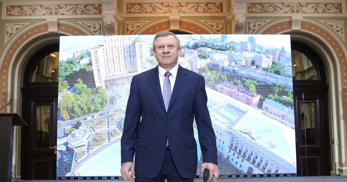 Украина в цифрах. Ежемесячная зарплата главы Нацбанка может достичь почти 400 тысяч гривен