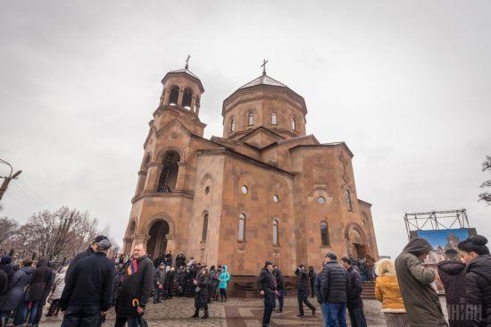 В Україні посилять охорону культових споруд у День захисника України