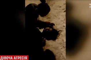 Відео жорстокої бійки школярок із Коростеня наробило галасу в соцмережах