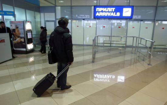 Дві країни Європи прокоментували небажання Києва відпускати українців на заробітки
