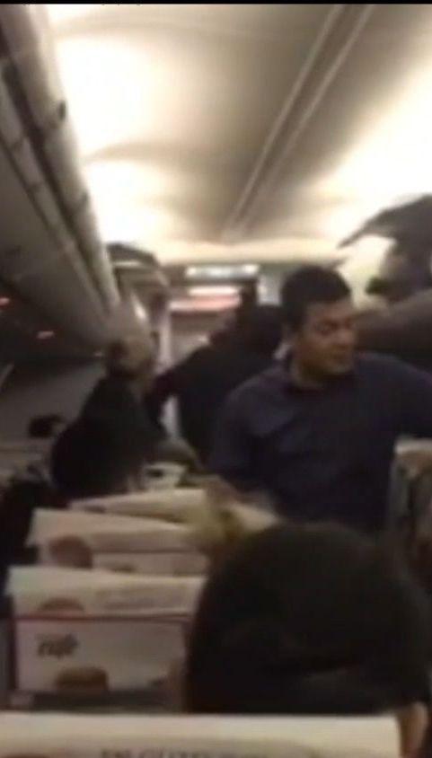 У літаку на Анкару з Одеси понад 10 годин тримали пасажирів