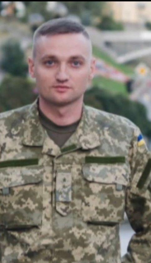 Поліція озвучила п'ять версій самогубства льотчика Владислава Волошина