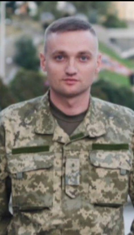 Полиция озвучила пять версий самоубийства летчика Владислава Волошина