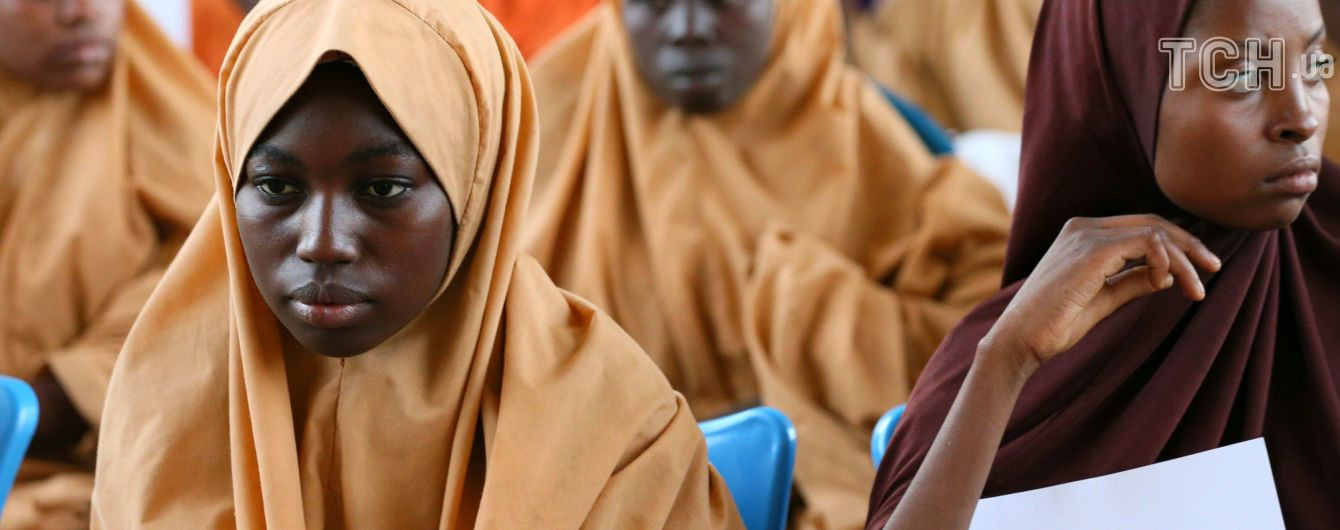 Світовий банк підрахував втрати країн від обмежень освіти дівчаток