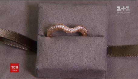 Каблучку Меган Маркл виготовлять із валлійського золота