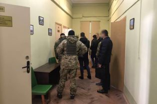 Прокуратура и СБУ проводят обыски в Харьковском горсовете