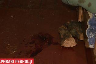 На Киевщине ревнивый муж зарезал жену и пытался убить себя