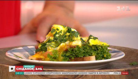 Готовим яйца Бенедикт - понадобятся только простые продукты