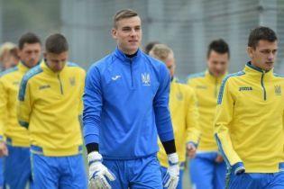 Троє гравців збірної України вирушать до складу молодіжки перед відповідальною грою з Англією