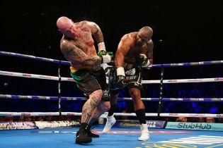 Казалось никогда не поднимется: австралийского боксера отправили в сумасшедший нокаут