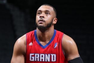 Американский баскетболист перенес сердечный приступ прямо во время матча