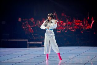 После длительной паузы Ассия Ахат устроила грандиозное шоу в Киеве