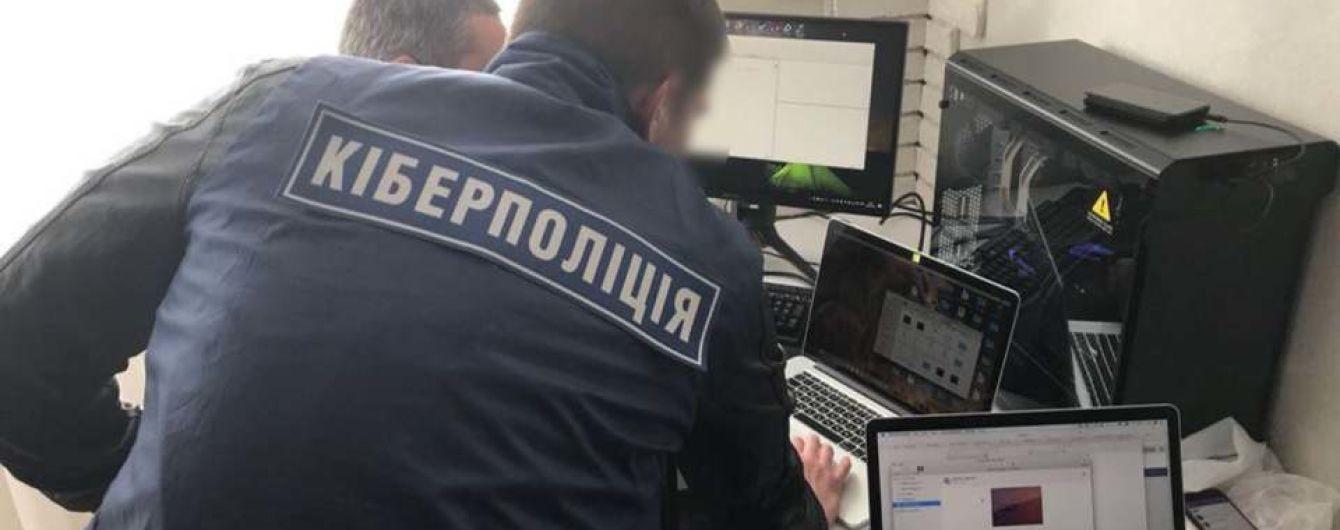 В Запорожье задержали фотографа детских праздников, который насиловал 2-летнюю девочку