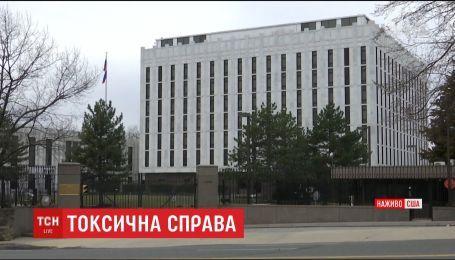 США выдворят 60 российских дипломатов