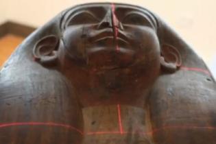 Австралійські учені виявили 2500-річну мумію у труні, яку раніше вважали порожньою