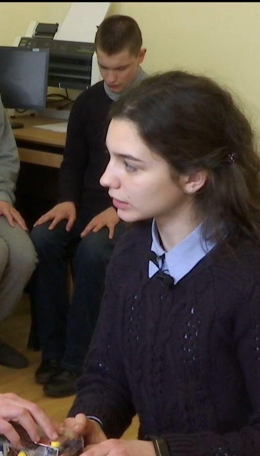 Украинская школьница представит уникальное устройство на Международной олимпиаде гениев