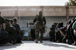"""В Telegram опубликовали фото """"вагнеровцев"""", которые охраняют порядок в Восточной Гуте"""