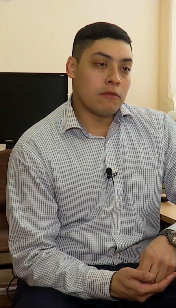 """На Прикарпаття завітав волонтер """"Корпусу миру"""", аби допомогти школярам вигравати гранти"""