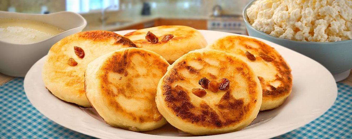 Недільний сніданок: сирники запечені