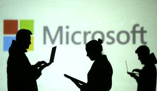 """У Кремлі назвали заяви Microsoft про втручання у вибори """"політичною грою"""""""
