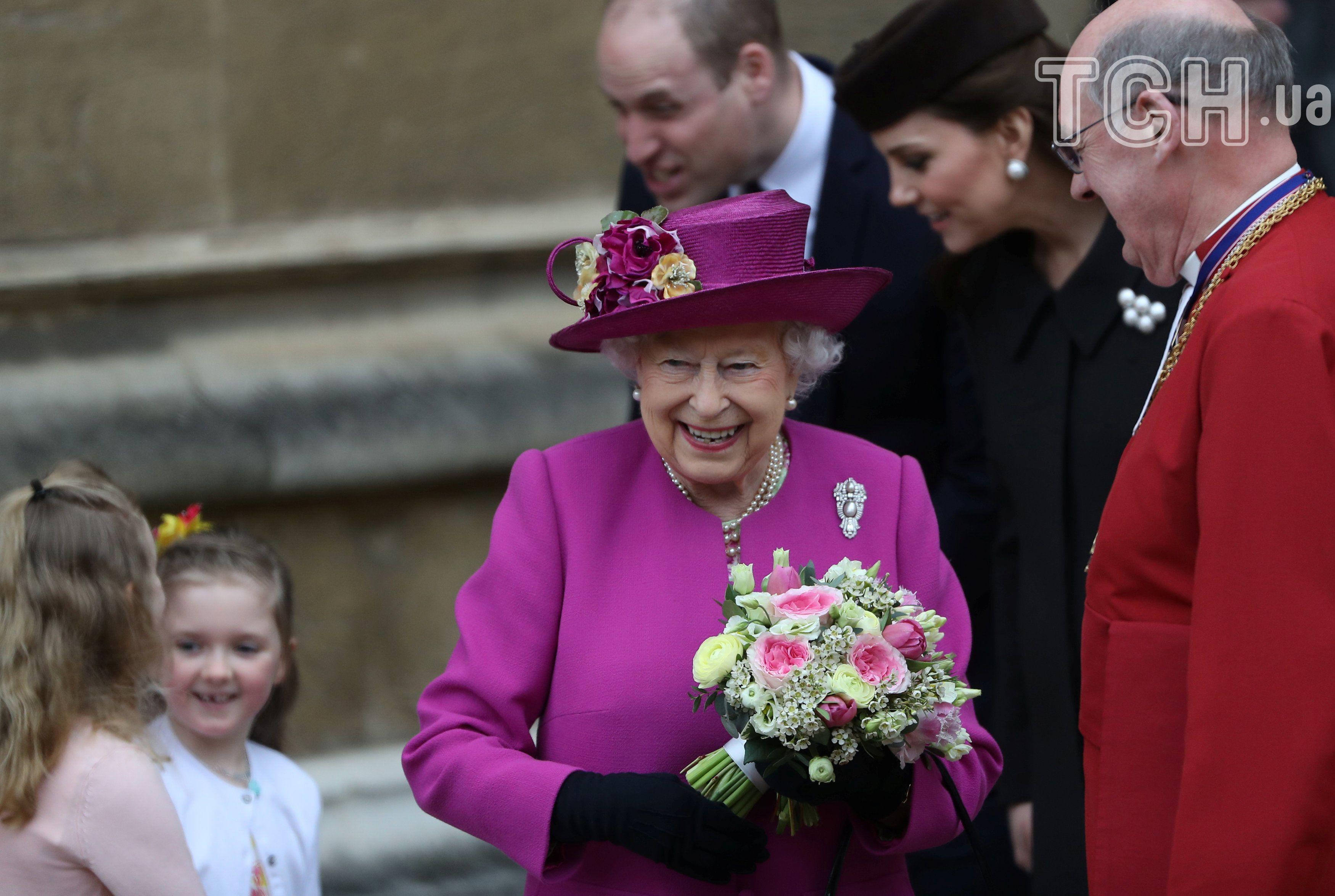 Кейт Міддлтон Єлизавета II принц Вільям_2