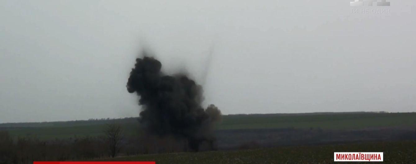 На Київщині розміновують місце вибуху радянського військового арсеналу
