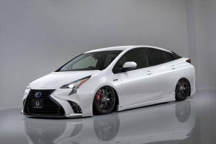 Toyota Prius превратили в спорткар