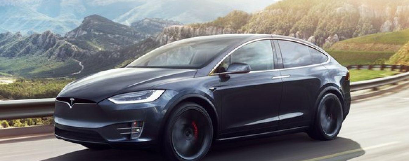 Компанию Tesla не допускают к расследованию смертельной аварии