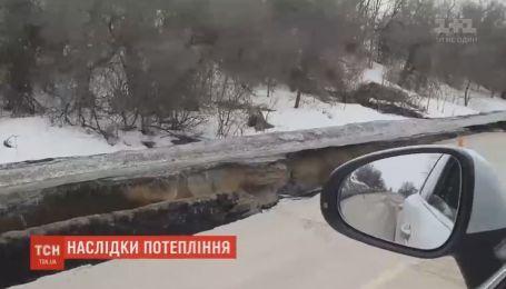 Повінь утворила кілометрове провалля вздовж траси Суми- Київ