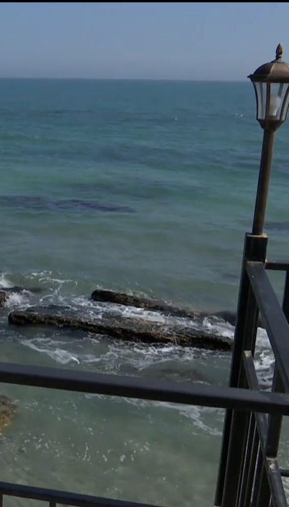 В Одесі на третині берегової лінії узбережжя шторм змив у море пісок
