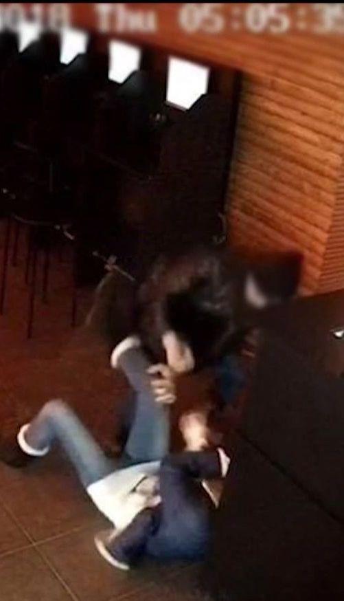 На Буковині суд відпустив хлопчака, який намагався вбити жінку