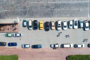 Через несколько дней в Украине можно будет парковаться на крышах ТРЦ и госзданий