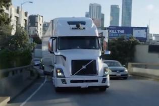 Uber отказывается от беспилотных грузовых автомобилей