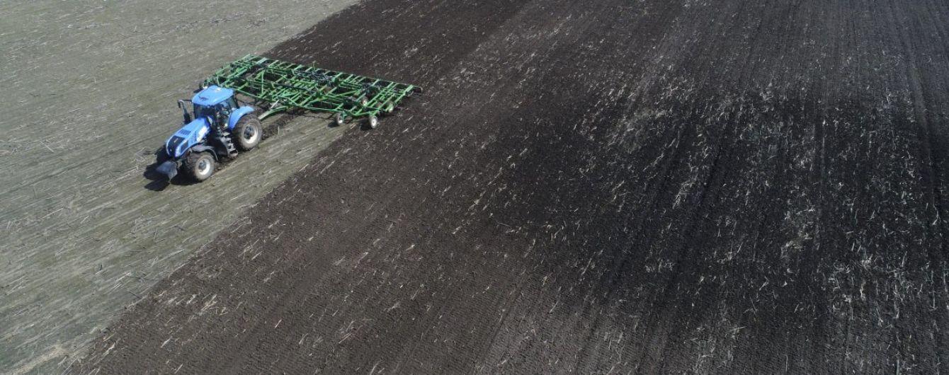 """""""Историческая возможность"""". Всемирный банк и ЕБРР поддержали открытие рынка земли в Украине"""