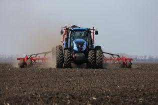 """Украина теряет черноземы: специалисты говорят про """"черные пески"""" и беспорядочное хозяйствование"""
