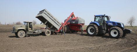 В Украине будут конфисковывать землю у россиян, если они ее купят – министр