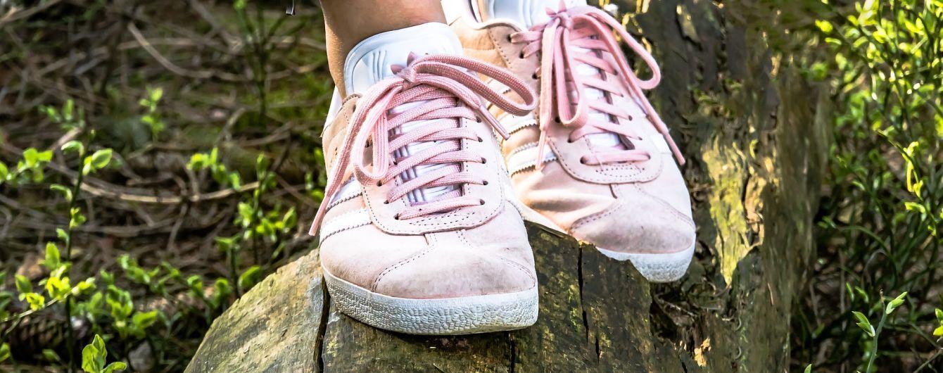 В Україні за останній рік суттєво здорожчало взуття. Як зберегти улюблені черевики