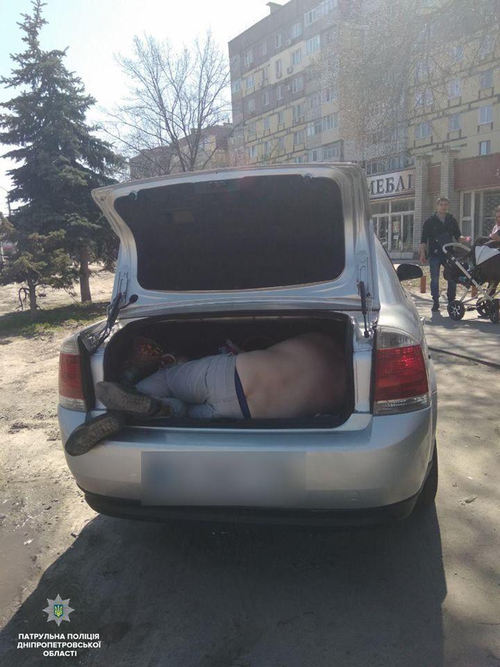 пьяный водитель, пьяний водій