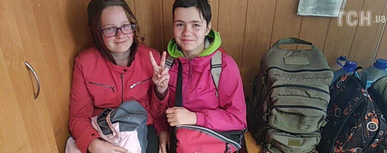 Дівчат, яких розшукували три дні, знайшли на трасі під Києвом