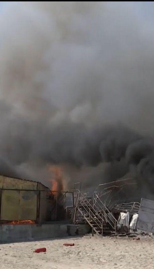 На пляжі Одеси згорів ресторан
