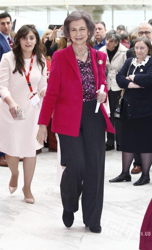 Королева София