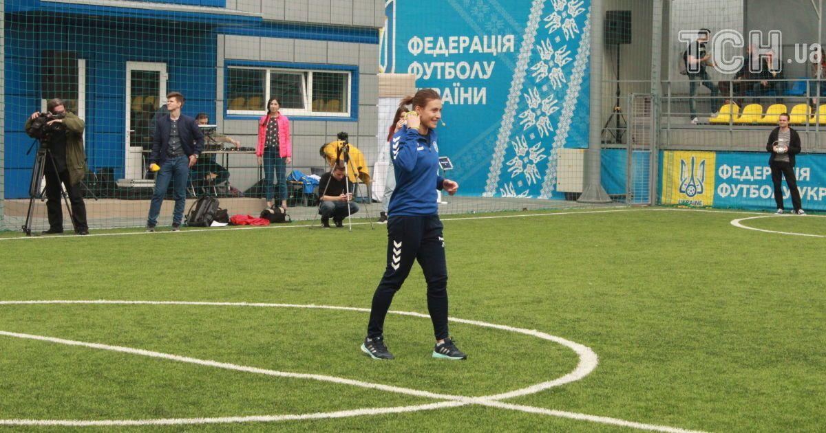 Товарищеский матч Журналисты - Блогеры до финала женской Лиги чемпионов в Киеве.
