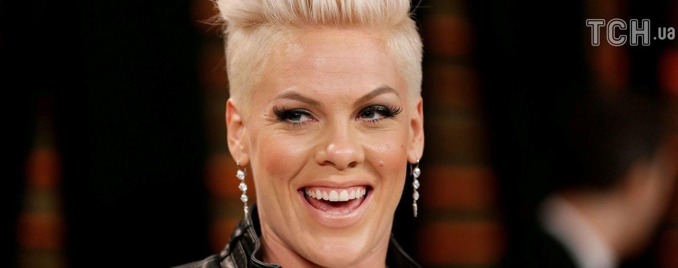 Известная певица признана самой красивой женщиной мира