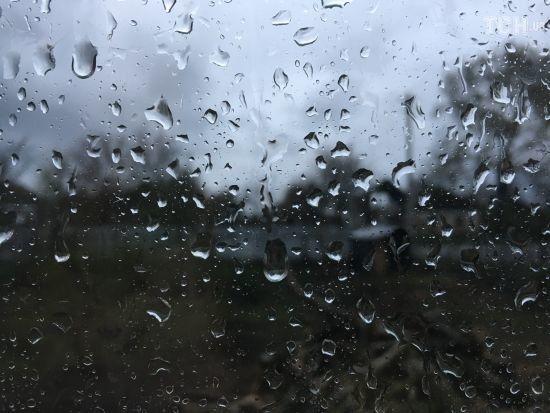 До України прийшли дощі з похолоданням