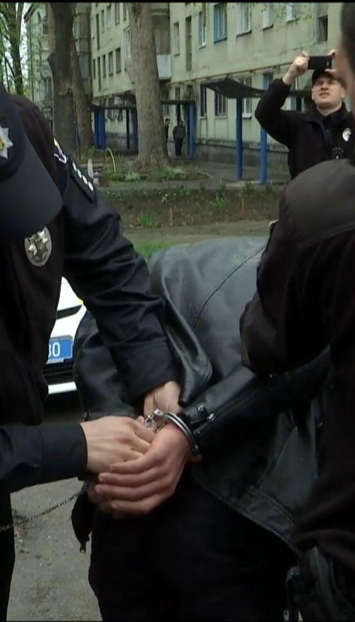 Пьяный водитель сбил трех женщин, которые переходили дорогу на зеленый свет в Запорожье