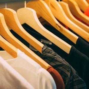 В Україні може здешевшати імпортний одяг