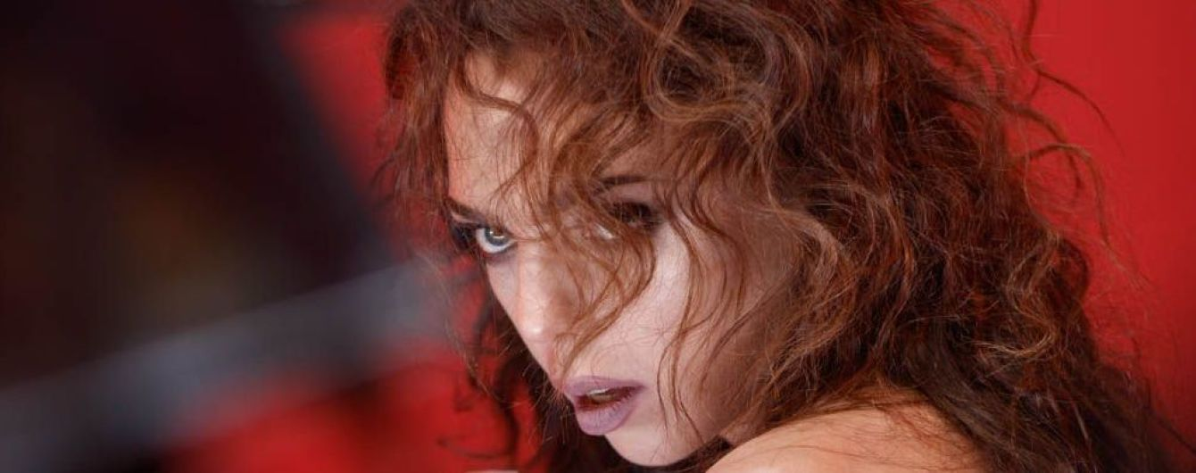 Sonya Kay звинуватили в пропаганді сексуального насильства і заблокували її кліп