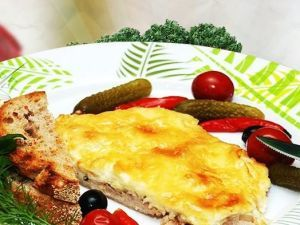 М'ясо по-французьки — пальчики оближеш